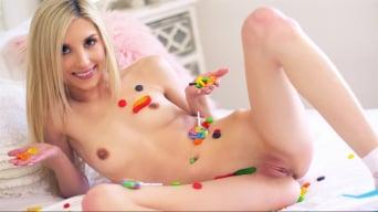 Piper Perri in 'Licking Huge Lollipops'
